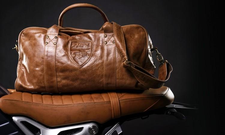 Kožené cestovní tašky na víkend