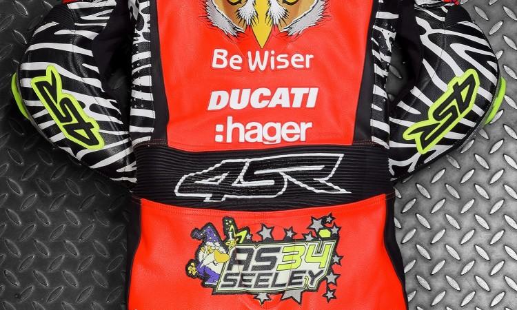Kvalitní motocyklové oblečení 4SR - kombinéza pro Alastaira Seeleyho